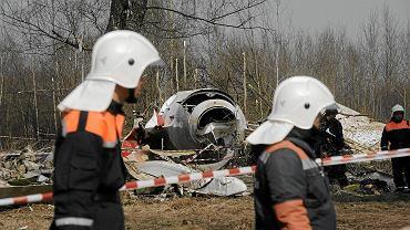 Wrak samolotu TU-154 po katastrofie polskiego samolotu prezydenckiego w Smoleńsku, 11 kwietnia 2010 r.