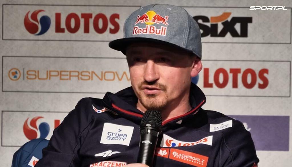 Adam Małysz na konferencji prasowej w Zakopanem