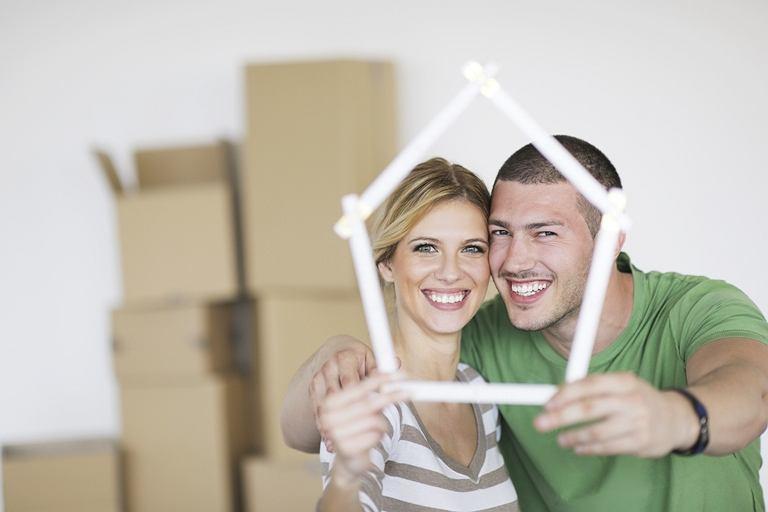 Młodzi ludzie będą zmuszeni do zakupu mieszkań na wczesnych etapach budowy lub jeszcze przed jej rozpoczęciem