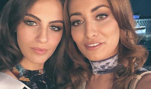 Selfie Miss Iraku i Miss Izraela