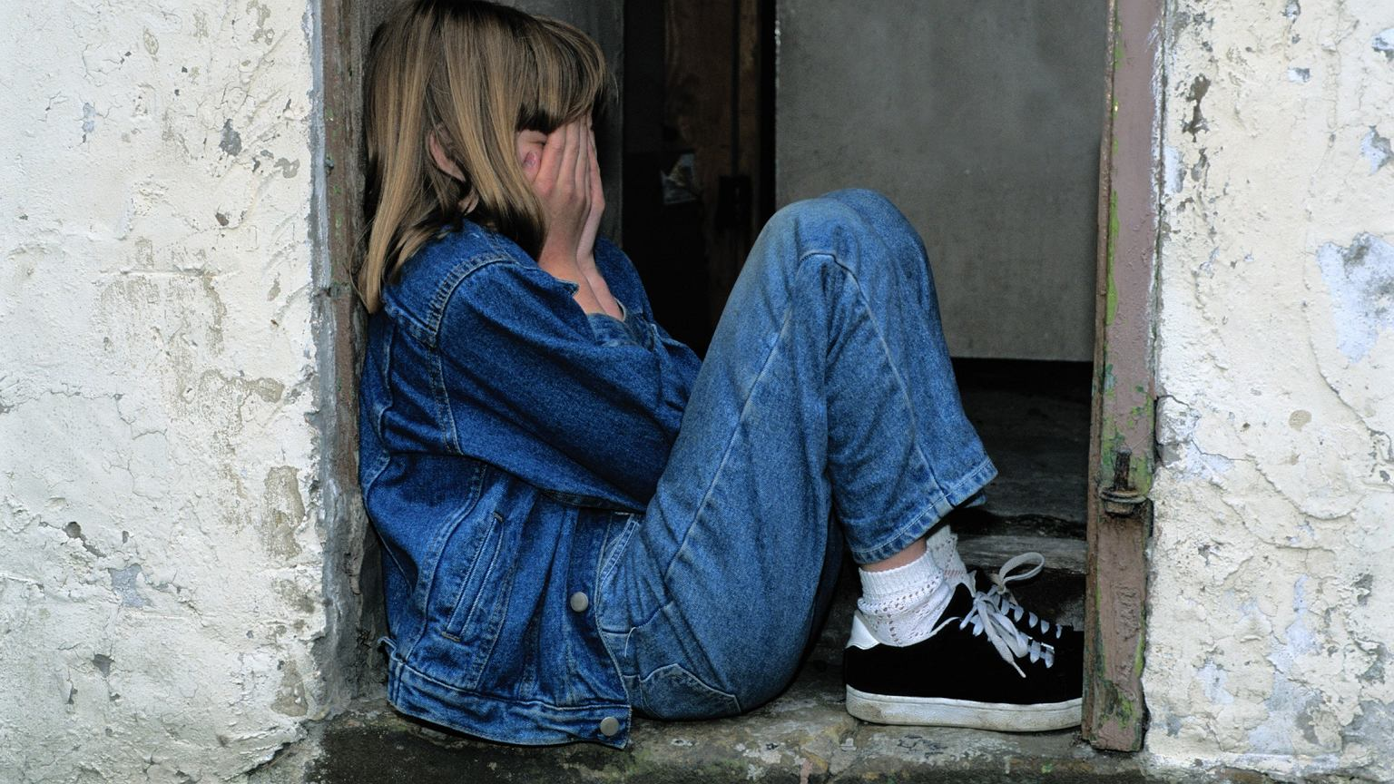nastoletnia córka spotyka złego chłopca