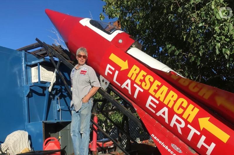 'Mad' Mike i jego rakieta