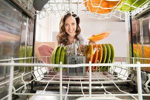 Jak płacić mniej za zużycie energii w domu? Likwidacja trybu czuwania sprzętu RTV da rocznie nawet kilkaset złotych oszczędności