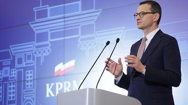 Premier Mateusz Morawiecki na konferencji dotyczącej koronawirusa