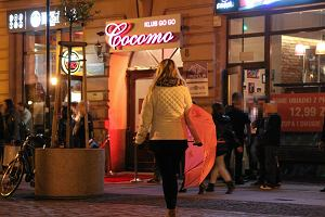 Dolali mu coś do drinka w Cocomo? Bank zwróci 130 tys. zł