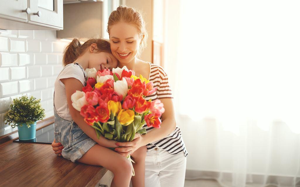 Dzień Matki to wyjątkowe święto obchodzone w wielu krajach. Zdjęcie ilustracyjne, Evgeny Atamanenko/shutterstock.com