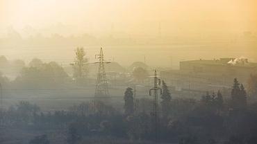 Smog pojawia się w wielu polskich miastach. Na zdjęciu Poznań.