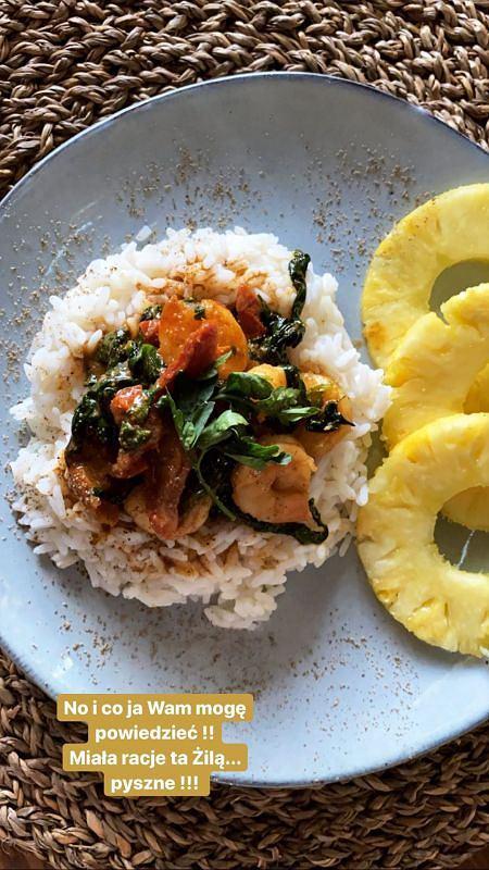 Karolina Gilon - przepis na krewetki ze szpinakiem i ryżem