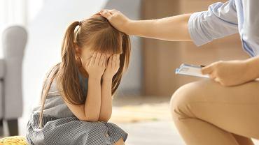 Dzieci będą mogły skonsultować się z psychologiem lub psychiatrą w razie nagłego kryzysu.
