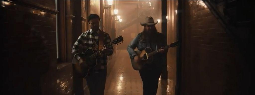 Justin Timberlake i Chris Stapleton w teledysku do utworu 'Say Something' / kadr z YouTube