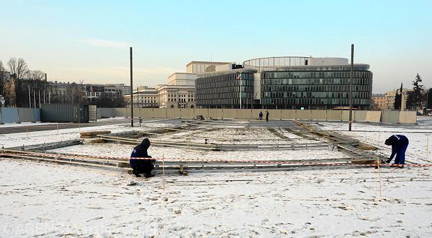 Plac Piłsudskiego, przygotowania do rozpoczęcia budowy pomnika smoleńskiego
