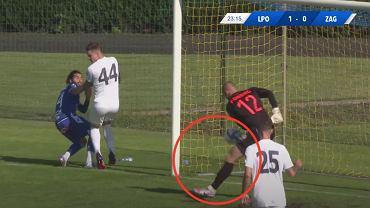 Gol samobójczy w meczu towarzyskim Lech Poznań-Zagłębie Lubin. Źródło: LECH TV, YouTube