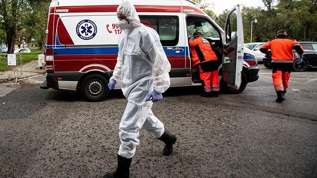 Ministerstwo Zdrowia: 10 241 zakażeń koronawirusem. W trzech województwach ponad tysiąc przypadków