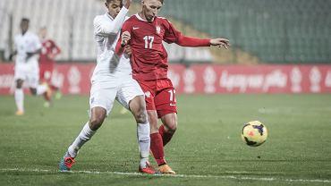 W towarzyskim meczu reprezentacji do lat 18 Polska uległa w Gdańsku Anglii 1:4. Z prawej Oktawian Skrzecz