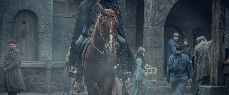 """Cavill żartuje na planie """"Wiedźmina"""". """"Dlaczego nie ma Oscara dla najlepszego konia?"""""""