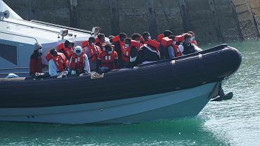 Grupa migrantów w Dover