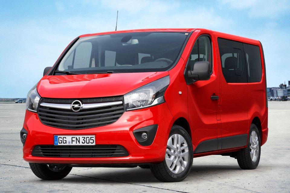Opel Vivaro wciąż udowadnia, że auto dostawcze może być nie tylko funkcjonalne, lecz także ładne.
