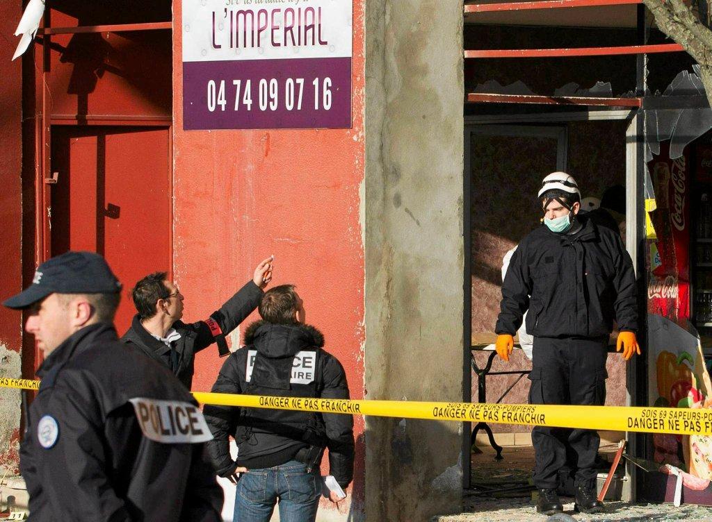 Ataki na meczety we Francji