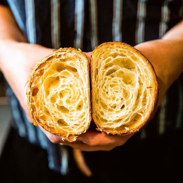 Croissant z Montażowni ma dwadzieścia siedem warstw