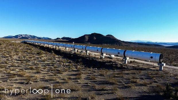 Pierwsze zdjęcia testowego odcinka Hyperloop w Nevadzie