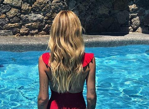 Chiara Ferragni pochwaliła sie płaskim brzuchem po porodzie