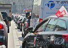 Rząd ma rozważyć tymczasowe wyłączenie aplikacji Ubera. Strajk taksówkarzy zawieszony do wtorku do godz. 14
