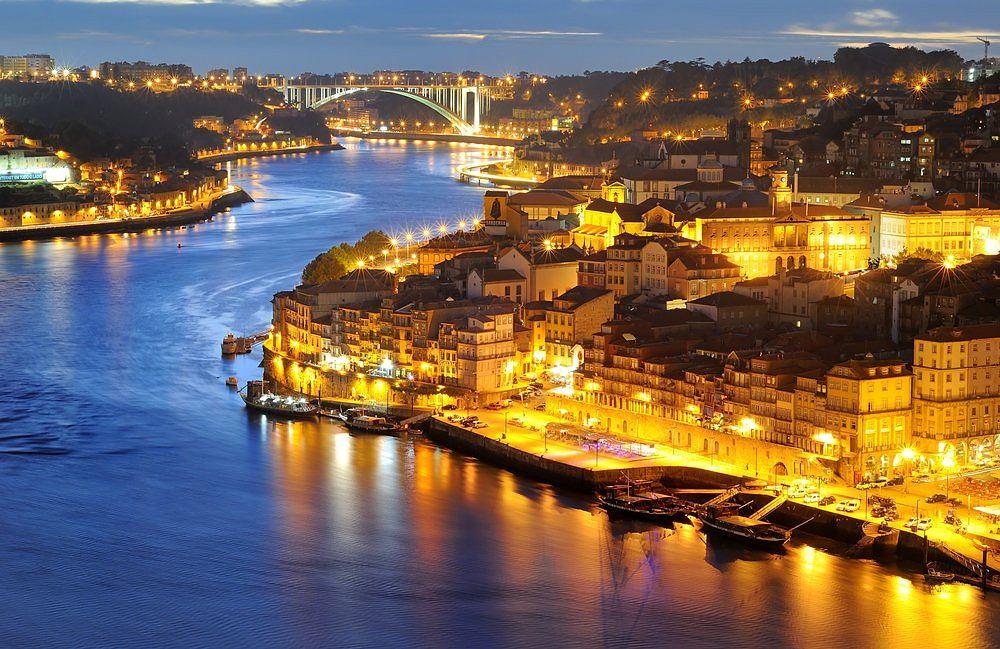 Portugalia Porto Spacer W Dzielnicy Ribeira