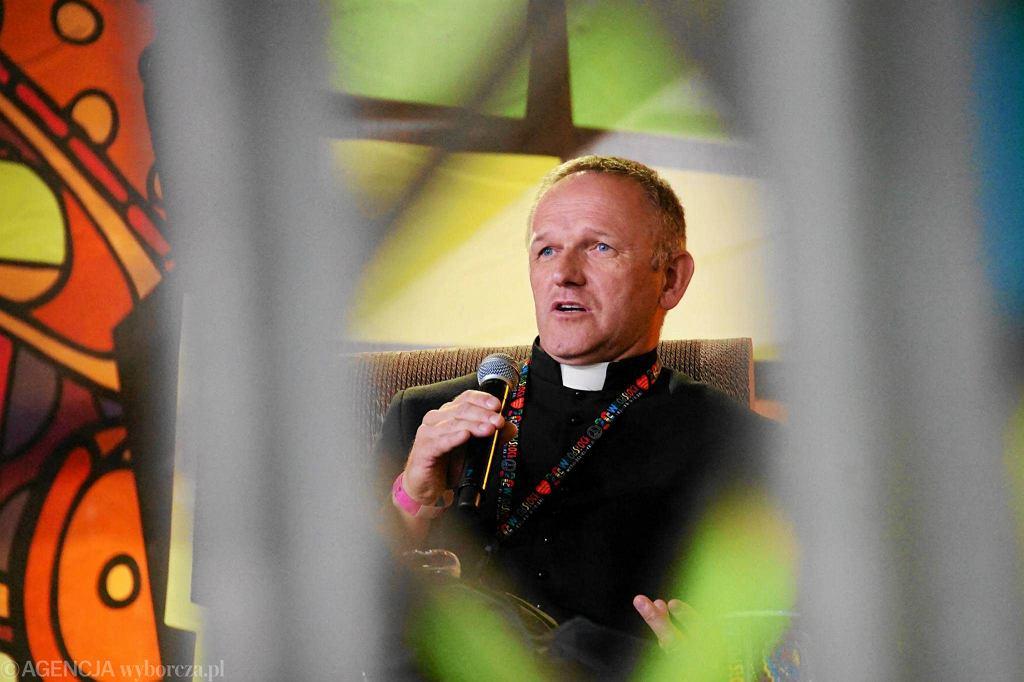 Ksiądz Wojciech Lemański na Przystanku Woodstock