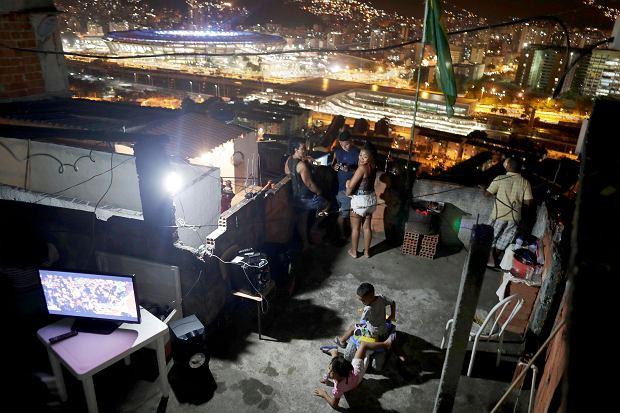 Zdjęcie numer 4 w galerii - Prawdziwe oblicze olimpiady w Rio. Z jednej strony bogactwo, z drugiej bieda