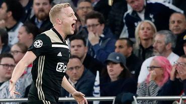 Strzelec gola dla Ajaxu Donny van de Beek