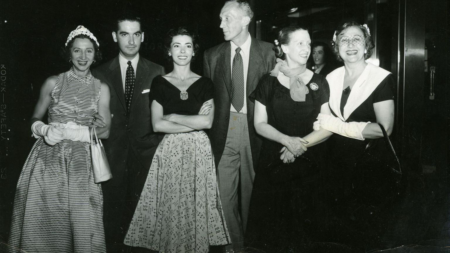 Nina Novak (trzecia od lewej) w Stanach Zjednoczonych