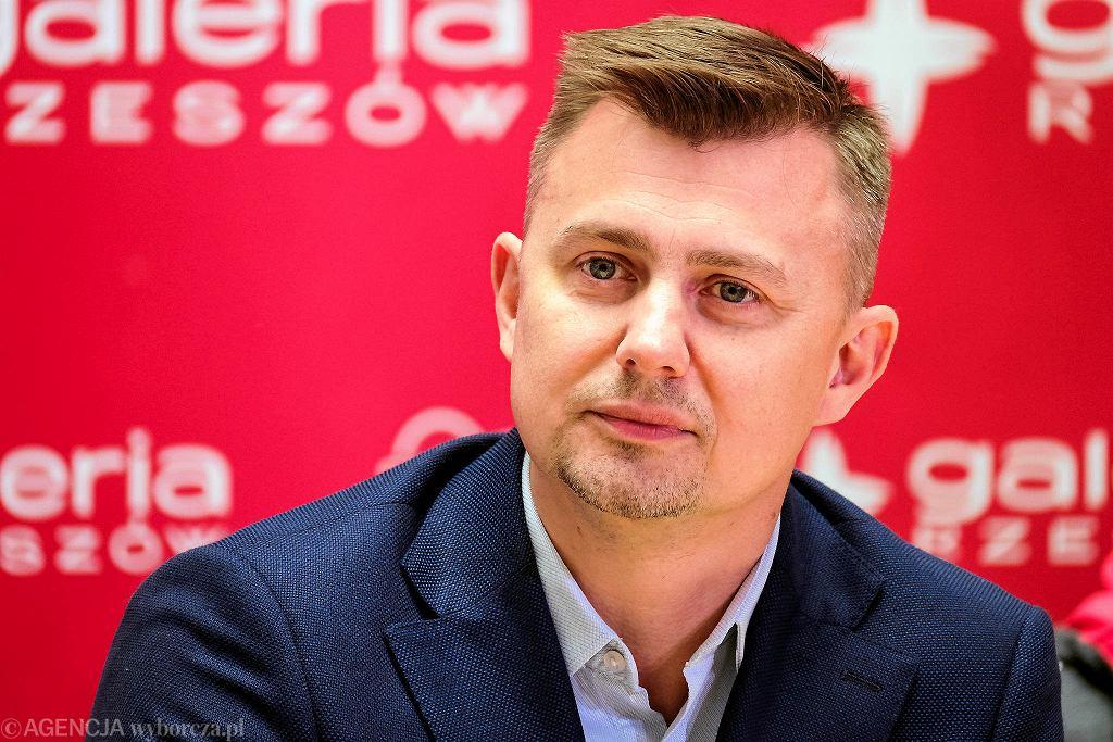 Krzysztof Ignaczak, prezes Asseco Resovii Rzeszów podczas konferencji prasowej.
