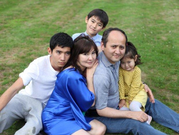 Muchtar Abliazow z rodziną