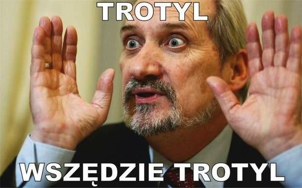 Antoni Macierewicz - memy