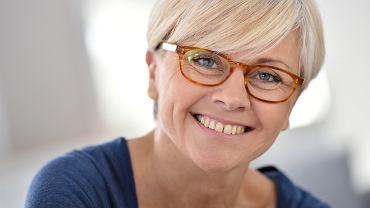 Fryzury damskie krótkie dla 50-latki. Kilka propozycji