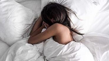 Dorosła osoba powinna przesypiać od 7 do 9 godzin na dobę