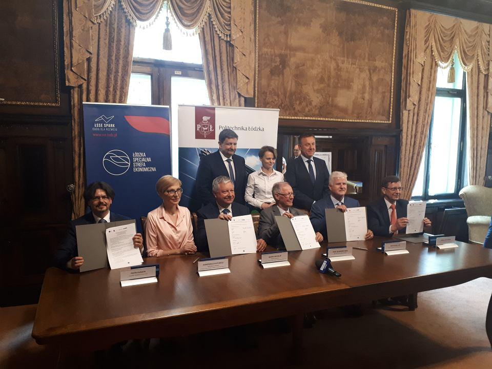 Podpisanie porozumienia ws. rozwoju technologii 5G w Łodzi