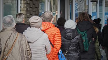 Nowe badanie w sprawie szczepień na COVID-19 w Polsce. W głowach milionów Polaków kłębią się wątpliwości