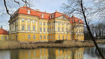 Pałac w Radomierzycach