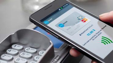 Płatność bezdotykowa (fot. mat. Mastercard)