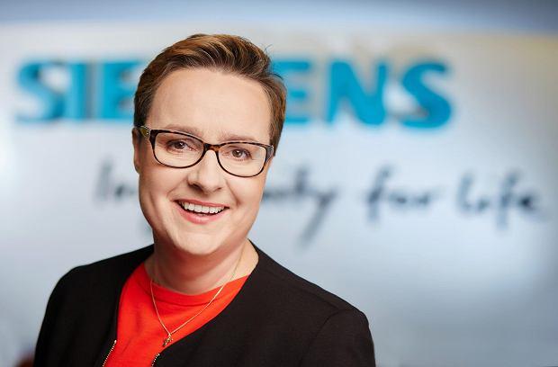 Dominika Bettman, prezeska Siemensa: Walka, łokcie, pozycja. Ten świat w biznesie się kończy