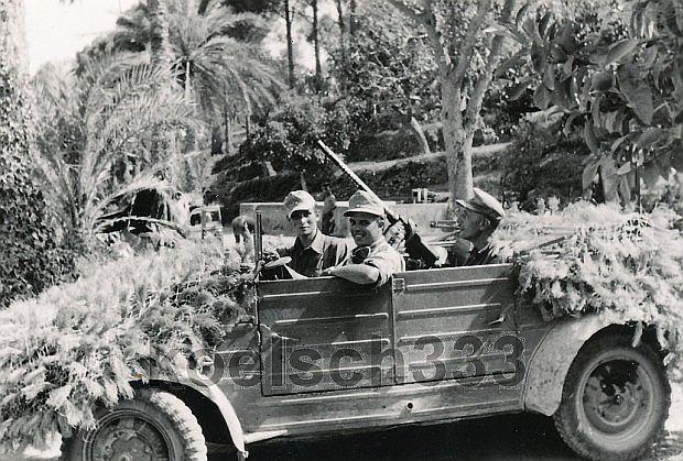 Volkswagen Kübelwagen ze specjalnym maskowaniem