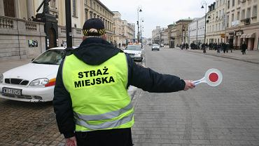 Strefa ograniczonej jazdy po Krakowskim Przedmieściu w Warszawie