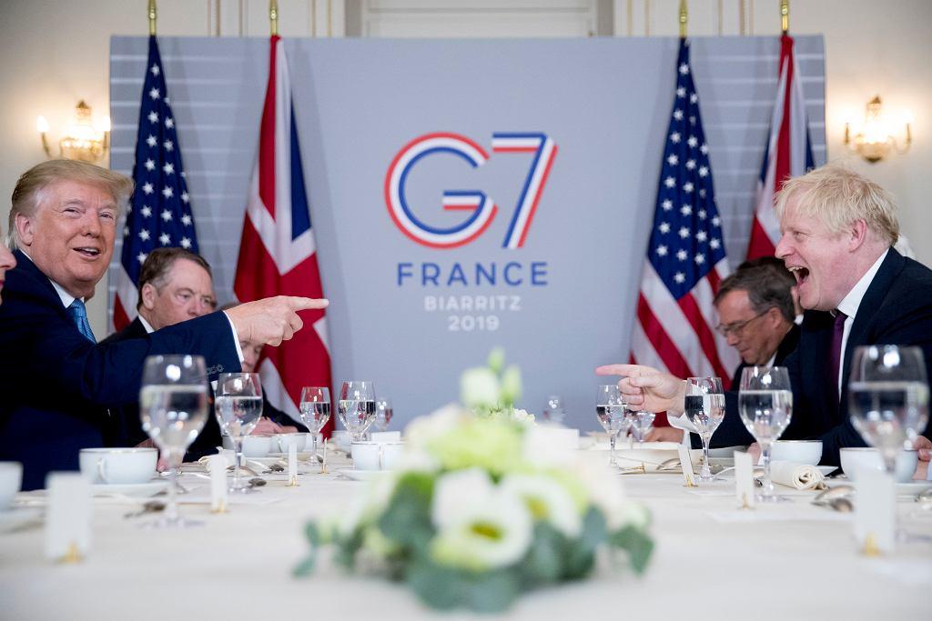 Szczyt G7. Donald Trump i Boris Johnson na roboczym śniadaniu.