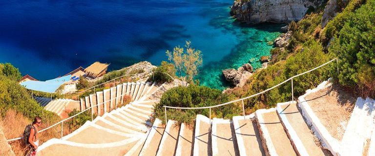 Czeka cię weekendowy wypad we dwoje lub z grupą znajomych? Sprawdź oferty Last Minute do Grecji!