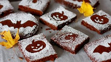 Przepis na halloweenowe brownie jest bardzo prosty