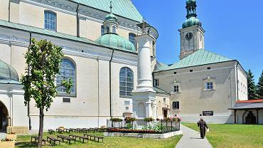 Bazylika Zwiastowania NMP i klasztor bernardynów w Leżajsku