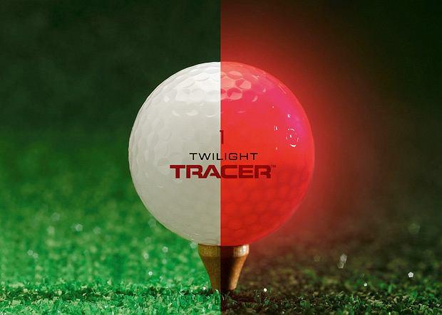 Twilight Tracer to wysokiej jakości piłeczka golfowa z wbudowaną diodą LED