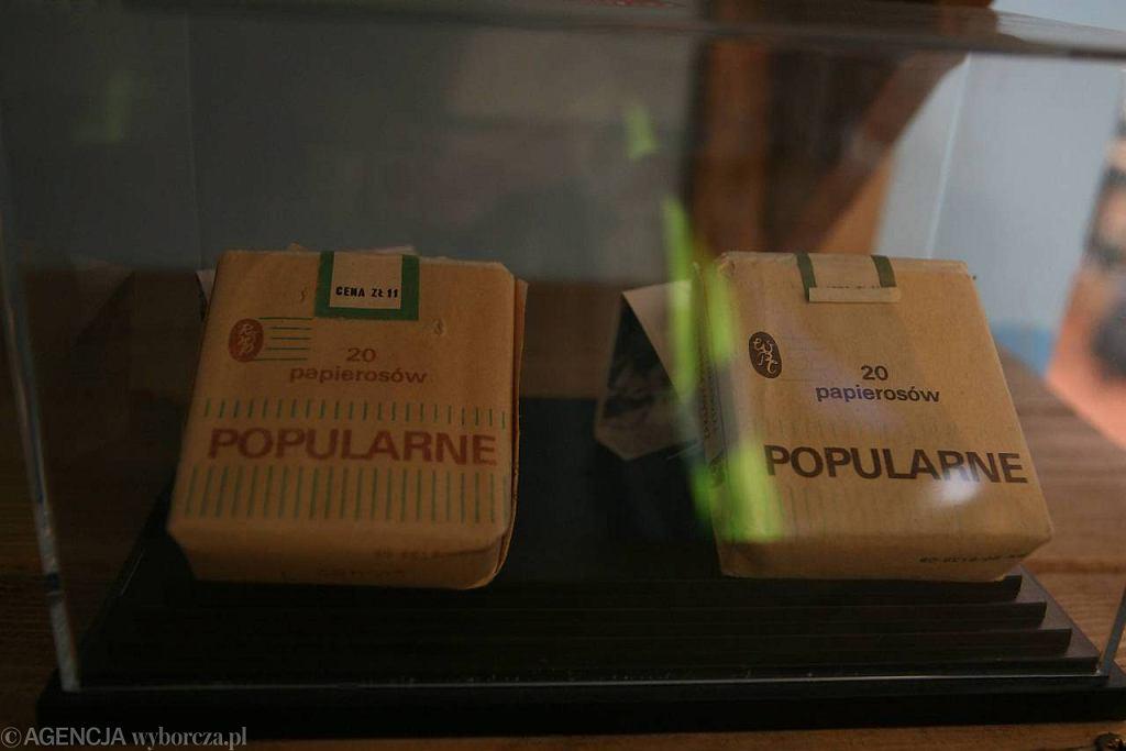 Paczki papierosów marki 'Popularne'