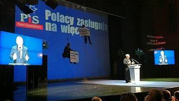 18.09.2011, akcja Greenpeace podczas konwencji PiS w Krakowie
